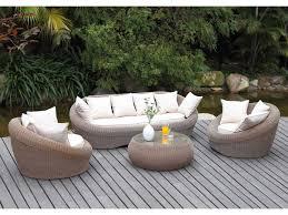 canape de jardin canapé de jardin en résine tressée ensemble table de jardin pas cher