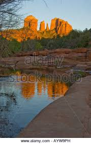 Cathedral Rock Reflections At Sunset Red Rock Crossing Cathedral Rock At Sunset From Oak Creek Canyon In Sedona Arizona