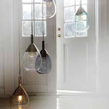 pendelleuchte design elegante tropfenförmige pendelleuchte aus transparentem farbigem glas