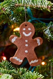gingerbread ornaments wine glue