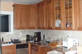 Countertop Backsplash Combinations by Perfect Kitchen Backsplash Ideas With Oak Cabinets And Tile Floors