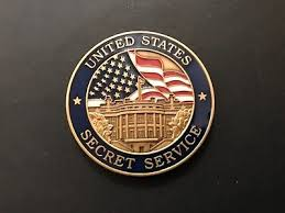 white house and secret service ornaments of 5 with