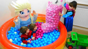 baby toys balls with elsa and children with balls