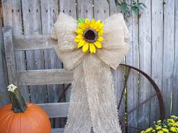 unique sunflower wedding decorations with burlap and sunflower pew