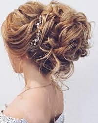 Abschluss Frisuren Lange Haare Locken by Die Besten 25 Große Locken Ideen Auf Hochzeitskleid