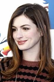short layered flipped up haircuts anne hathaway hairstyles short long haircuts on anne hathaway