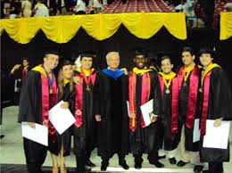 graduation medallion sophomores complete college park scholars program robert h