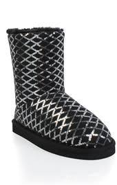 womens duck boots payless womens rugged outback polar quilted boot by payless 44 99 trend
