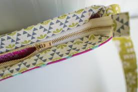 pattern for tote bag with zipper tips for sewing metal zippers have no fear sewcanshe free