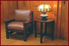 Arts And Crafts Desk Lamp Voorhees Craftsman Mission Oak Furniture Arts And Crafts Vintage
