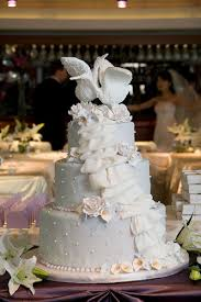 swan wedding chicago wedding swan cake remind me to get the name of t flickr