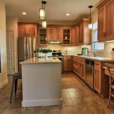 Kitchen Paint Colors With Maple Cabinets Honey Maple Kitchen Cabinets With Natural Maple Island Coffee