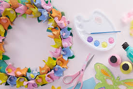 how to make easter wreaths how to make an egg flower wreath hobbycraft