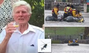 curriculum vitae template journalist kim walls death in paradise police search for pensioner in the river thames daily mail online