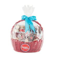 basket gifts gifts gift basket sweet pete s candy shop