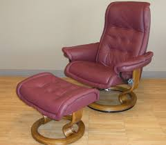 royal paloma winered leather recliner chair