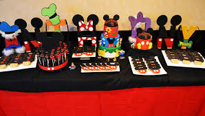 mickey mouse table l mickey mouse clubhouse sweet table mickey mouse mickey mouse table