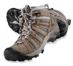 best 25 best hiking shoes ideas on pinterest best hiking boots