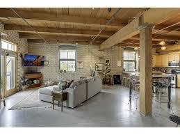 apartment unit 201 at 127 5th street ne minneapolis mn 55413