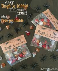 free printable halloween treat bag labels bugs u0026 kisses halloween treat bags the momerie