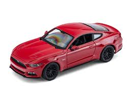 2015 ford mustang maisto mustang 1 18 2015 ford mustang gt diecast 31197