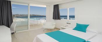 chambre lits jumeaux chambres de l hôtel hotel algarb ibiza