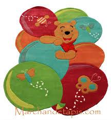 tapis de chambre winnie l ourson tapis enfant winnie l ourson 115x168cm tapis enfant disney de
