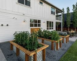 Planters On Wheels by Raised Bed Planter On Wheels Houzz