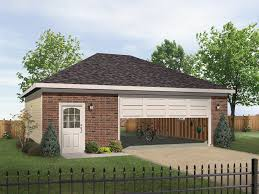 Hipped Roof House Plans Imelda Two Car Garage Plan 059d 6050 House Plans And More