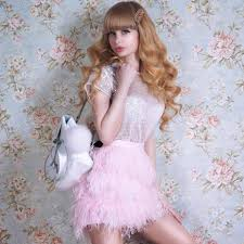 human barbie doll family meet this human barbie angelica kenova who still lives with her