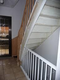 treppe streichen alte holztreppe farbig streichen hausgarten net