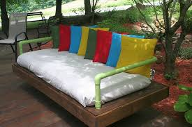 how to build a daybed diy pallet outdoor daybed amazing diy outdoor daybed with 16 pallet