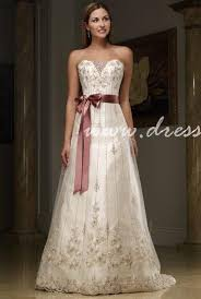 wedding dress not white picking real world secrets for affordable wedding dress