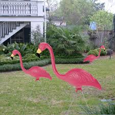 sculptural gardens pink flamingo lawn ornament pair