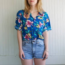 hawaiian blouses 21 best hawaiian tops images on daily style
