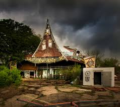 Abandoned 6 Flags Seph Lawless Photographs Abandoned Theme Parks In His Book
