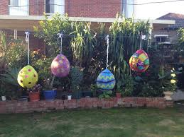 Diy Easter Lawn Decorations by 33 Best Easter Egg Pinatas Images On Pinterest Easter Eggs
