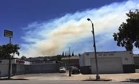 Wildfire La Area by The Latest Weed Trimmer Accidentally Sparks La Brush Fire Am