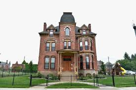 what it u0027s actually like to buy a 500 house in detroit