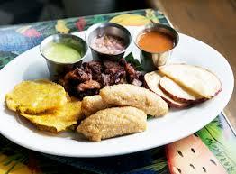 cuisine plat colorful cuisine at tap tap haitian restaurant in miami