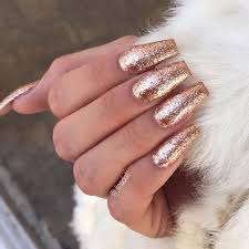 the 25 best gold nails ideas on pinterest
