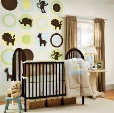 chambre jungle bébé chambre de bébé mixte 25 photos inspirantes et trucs utiles bébés