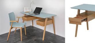 schreibtischstuhl design design retro möbel in natur und blau lackiert