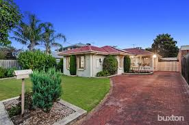 montana house 18 campbell grove dingley village vic 3172 buxton
