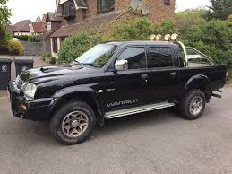 mitsubishi l200 warrior 2003 diff lock aircon in ilford