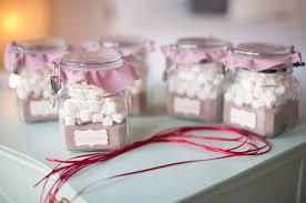 hot cocoa favors 11 adorable wedding favors for a dollar weddingmix