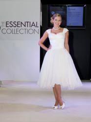 inspired by mum u0027s cancer battle british designer creates wedding