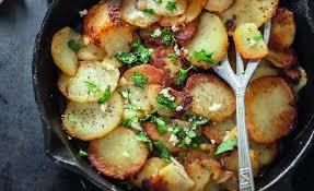recettes de julie andrieu cuisine recette de pommes de terre sarladaises par julie andrieu