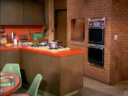 brady bunch kitchen this bendable life