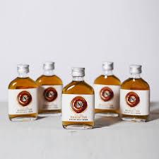 manhattan drink bottle five mini manhattan whisky cocktails by world of zing